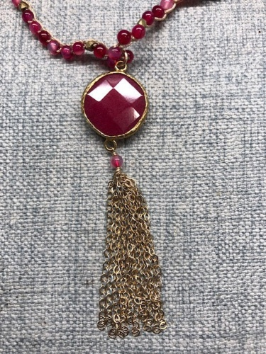 RED BEADKNOT PENDANT TASSEL NECKLACE
